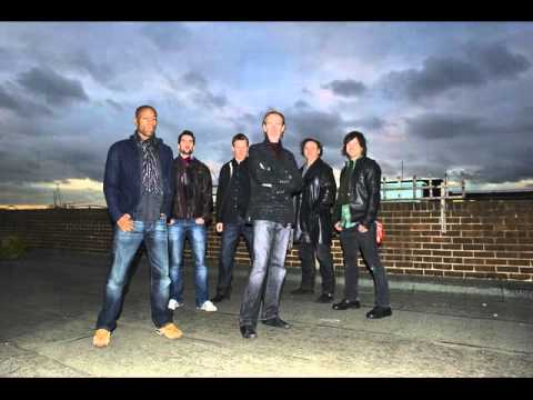 Mike + The Mechanics - Background Noise ( from