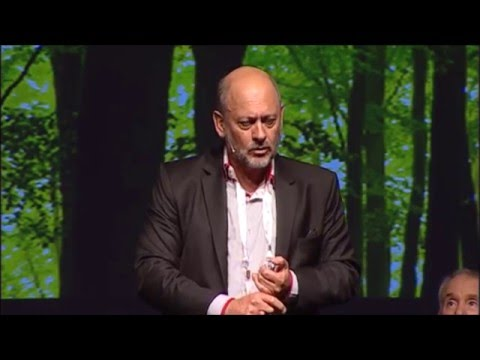"Tim Flannery at Creative Innovation 2015 (Ci2015) - ""Amazing, disruptive clean tech"""