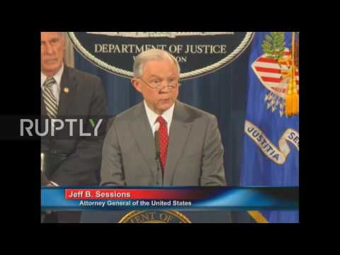 USA: 'We will find you': Four already charged with leaking classified info