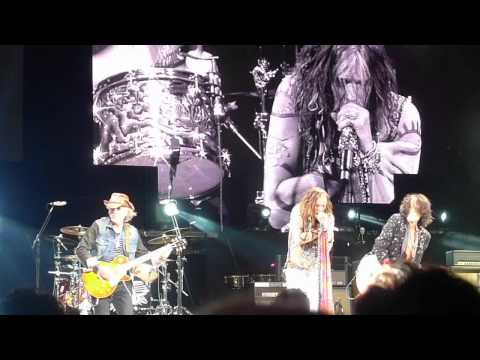 Aerosmith - Oh Yeah- East Rutherford 07-24-2012