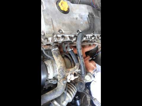 Land Rover Td5 engine running