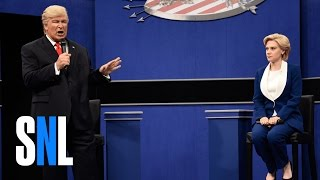 Saturday Night Live: Donald Trump vs. Hillary Clinton Town Hall Debate Cold Open thumbnail