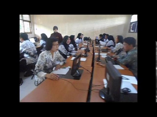 SIMULASI UNBK GURU 2016 DI SMP NEGERI 1 MINGGIR