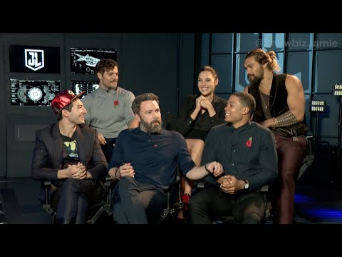 Justice League's Henry Cavill, Ben Affleck, Ray Fisher & Gal Gadot Talk Worst Habits & Bad Costumes!