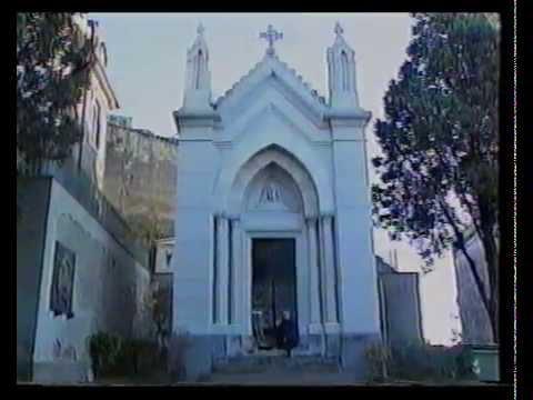 Monumento e tomba di enrico caruso a napoli youtube for Enrico esente arredamenti napoli