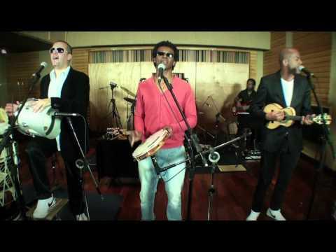 """Quinteto em Branco e Preto - Ao Vivo - """"Samba pop"""""""