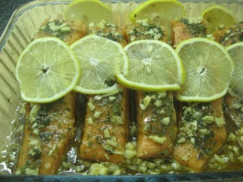 Salmon baked in the oven - דג סלמון אפוי בתנור