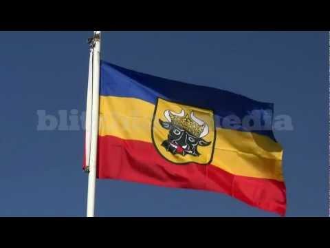 stock-footage-europe-germany-mecklenburg-flag-fahne-flagge-banderas-travel-ostsee-urlaub