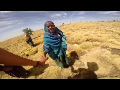 Wild White People In Africa / Дикие белые в Африке