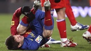 futbolistas muertos en partidos y las peores faltas de futbol