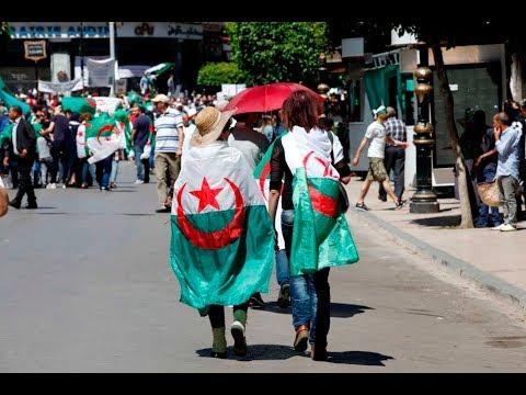 تظاهرات في العاصمة الجزائرية والأمن يعتقل العشرات  - نشر قبل 1 ساعة