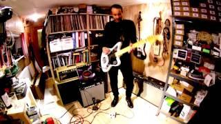 Reuss Muzzbomb Warren Ellis signature pedal - Demo by Manoj Ramdas