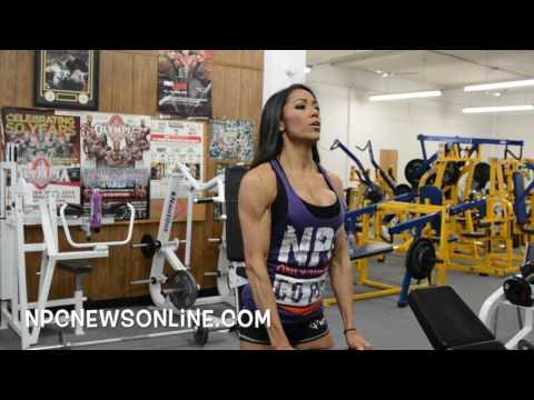 IFBB Bikini Pro Jennifer Ronzitti Shoulder Workout- 3 Weeks Out From The 2017 Arnold.