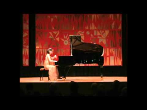 Caroline Fischer - Chopin: Etude op. 10 No. 5 in G flat major (Ges-Dur)