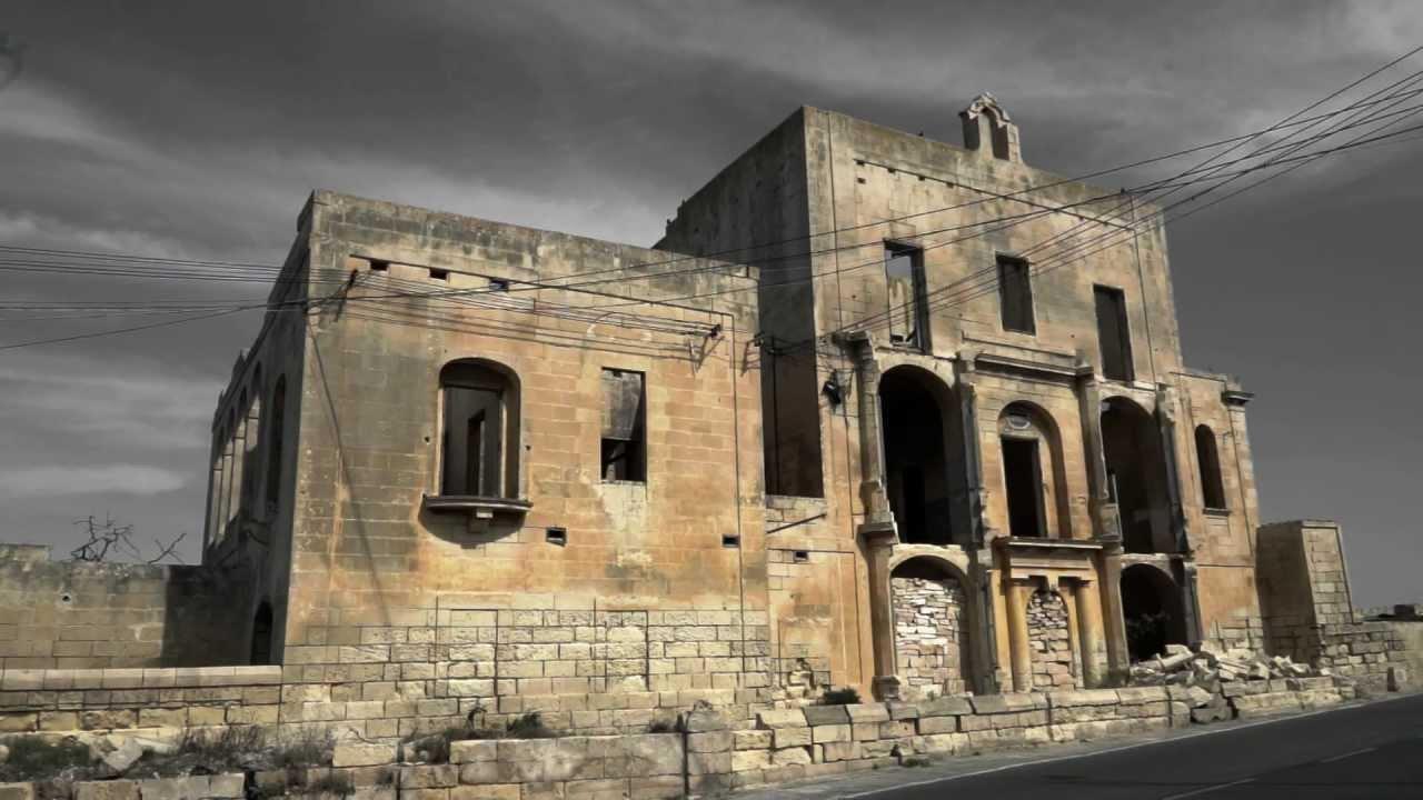 Urban Exploration Deserted Villa Malta Youtube