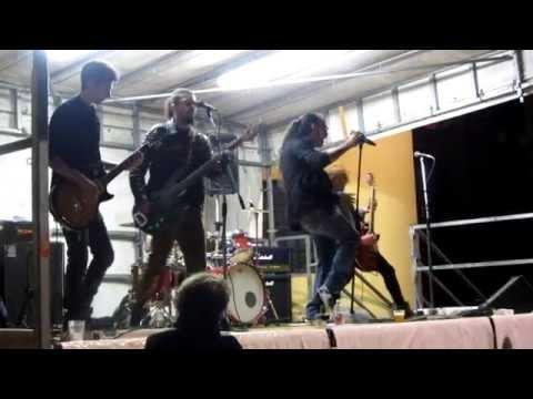Nastyville - Festa San Giorgio - Casale Corte Cerro - 30/04/2015