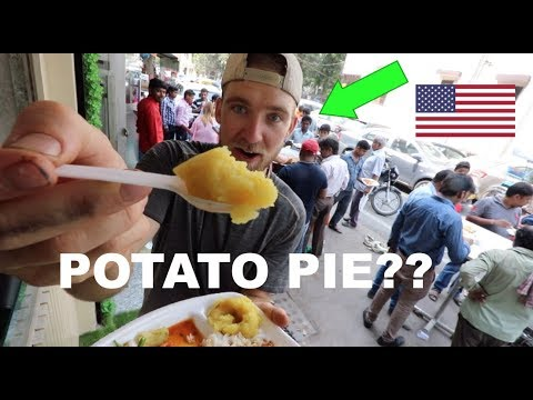 What do they eat for breakfast in INDIA?! (Foreigner finds out)