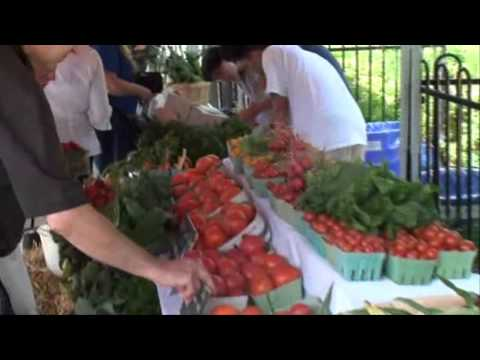 Farmer's market opens on campus