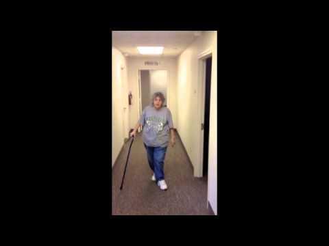 Trendelenburg gait:Huntington Physical Therapy 25703