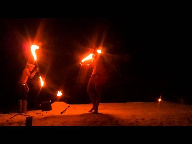 Fire Show @ Hippie Bar/Phi Phi island
