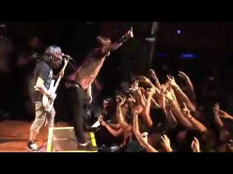 Escape The Fate-This War Is Ours (Live)