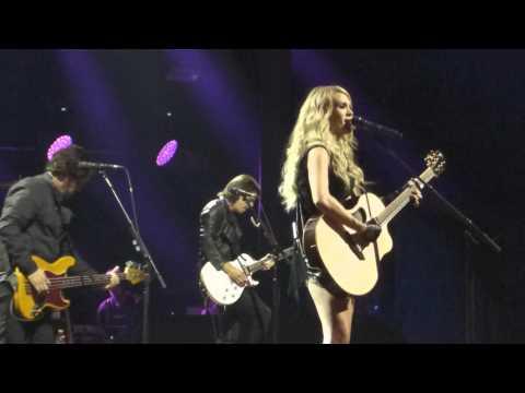 13 Carrie Underwood - Smoke Break  - Apple music festival 21 - 09 - 2015