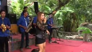 Video DANGDUT XTREME LIVE indramayu demen mlayu mlayu (putri dalem) download MP3, 3GP, MP4, WEBM, AVI, FLV Oktober 2017