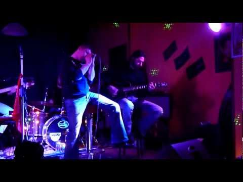 Senza Far Rumore Unplugged- Senzaventoband@BlascoBar - Tributo Timoria
