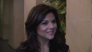 "Tiffani Thiessen on White Collar: ""Elizabeth Burke is Closest to My Real Self"""