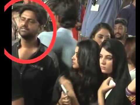 Molesting & Harassing Girls In PTI Jalsa...