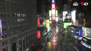 LIVE: Snow in New York City's Times Square