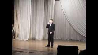 """На конкурсе мальчик спел песню """"Путин-молодец"""""""