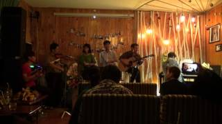"""Sài Gòn đẹp lắm [Đêm nhạc """"Cám ơn một đó xuân ngời"""" - Xương Rồng Coffee & Acoustic]"""
