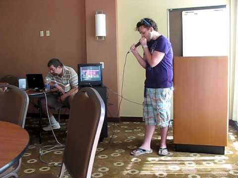 American Idol Contestant Jimmy Kennedy Does Karaoke