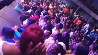 Download Video STEVE CROWN in intense worship. MP3 3GP MP4
