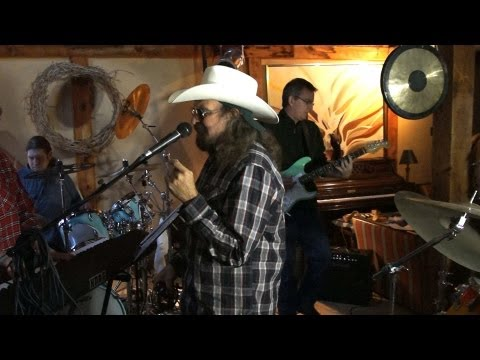 Artimus Pyle Band w/ Bob Burns on Drums - Sweet Home Alabama