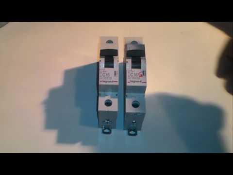 Автоматы Legrand TX3 и RX3 - сравнение с разборкой.