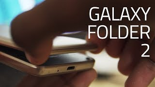 Check out this unboxing and hands on of the Samsung Galaxy Folder 2...