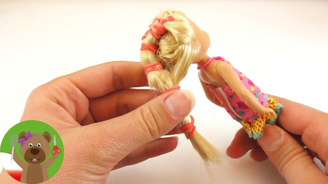 Czesanie Lalki Barbie Prosta Fryzura Dla Laki Albo Dziewczynki Z Dużą Ilością Gumek Do Włosów