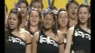 Beautiful Māori Choir Singing thumbnail