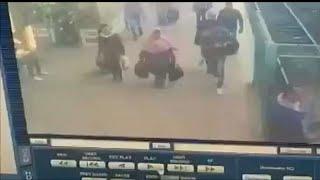 شاهد: لحظة صدام قطار القاهرة وتفاصيل جديدة عن سبب وقوع الحادث…