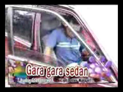 Gara-Gara Moto Sedan .3gp