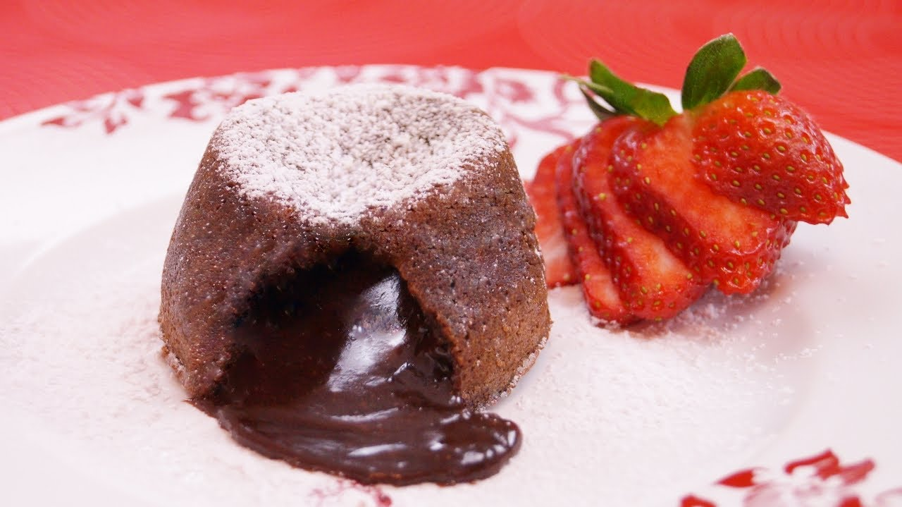 Molten Chocolate Cakes Recipe: Chocolate Lava Cake Recipe: How To: Di ...
