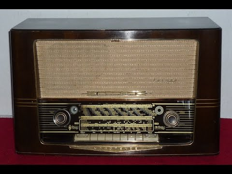 German Vintage Tube Radio  CARMEN 57-3D NORDMENDE