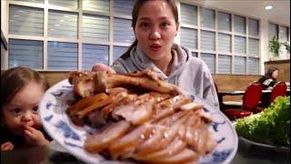 Vlog 549 ll Lần Đầu Ăn Thử Mì Lạnh Hàn Quốc Lạnh Ê Răng Luôn, và Giò heo hầm