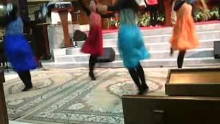 Satukanlah Roh Kami Ya Tuhan Dance