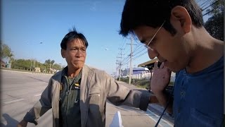 Thai Offers Money to an Indian Tourist : See Why!