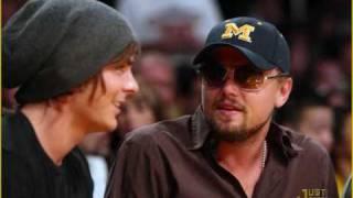 Zac Efron/ Adam Levine / Leondardo DiCaprio @ the lakers game Mp3