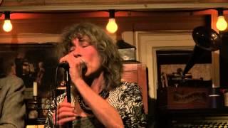 Wee Midnight Hour Blues - Barrelhouse