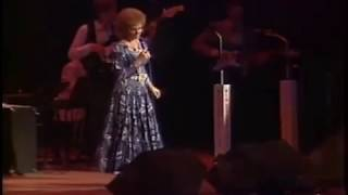 Reba McEntire - One Promise Too Late [Live][1987]